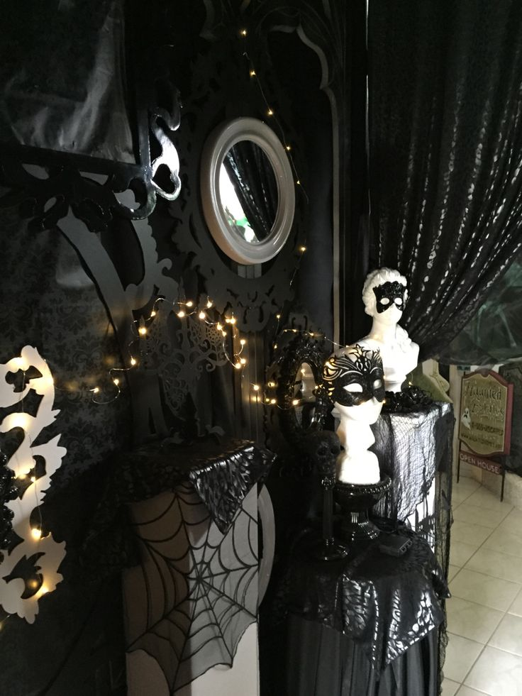 17 best images about halloween gothic victorian on for Ambiance boudoir decoration