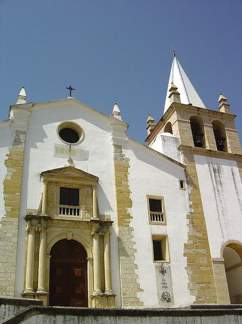 Igreja de S. Vicente ABRANTES - RIBATEJO -  PORTUGAL www.enjoyportugal.eu
