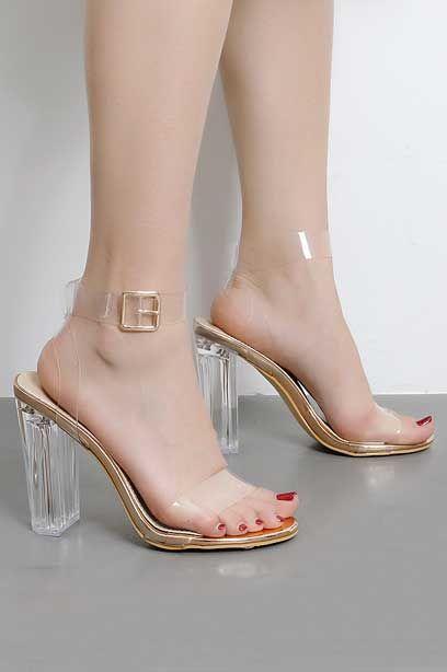 75790f25035b52 Chic Sandale femme à jeu de transparence talon haut Style minimalisme  tendance 2019