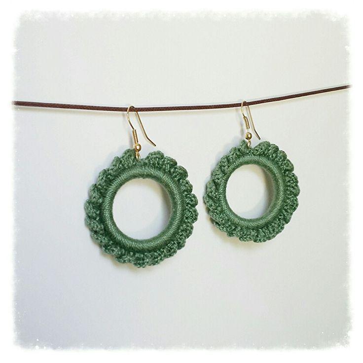 Circle crochet earrings diy