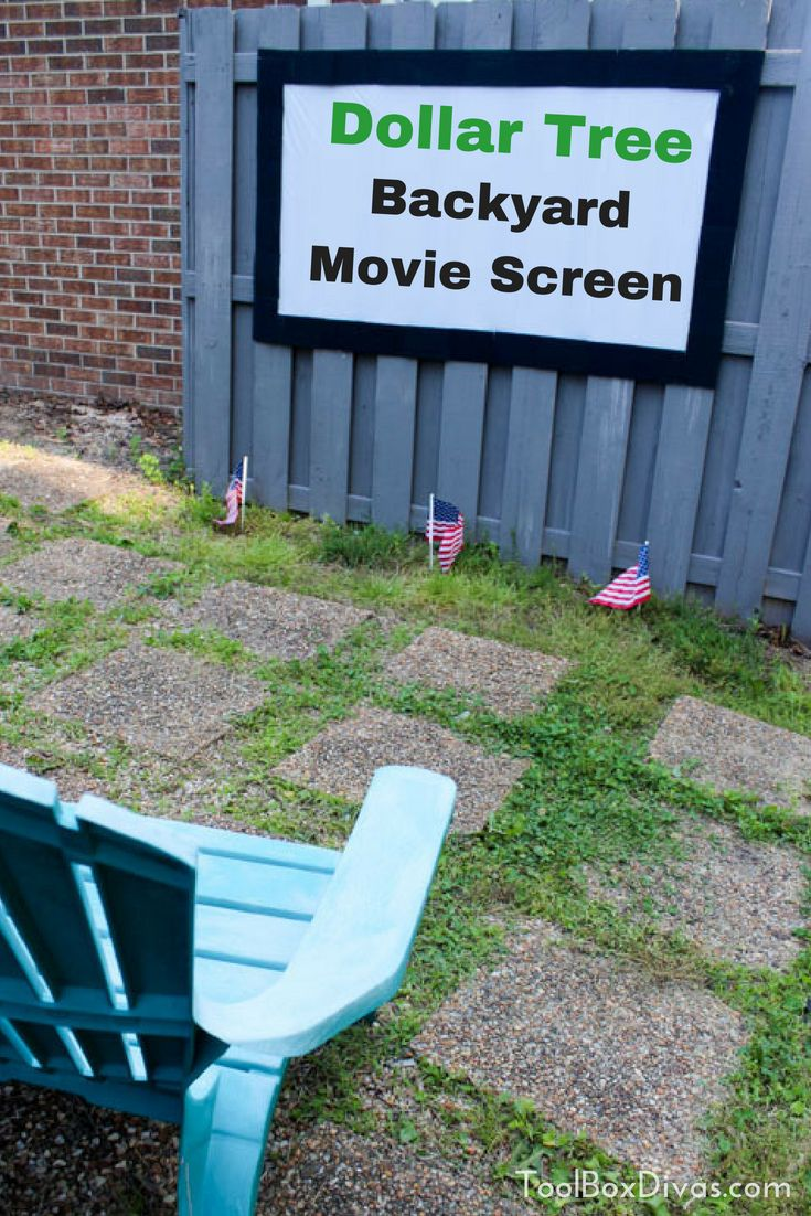 Diy Outdoor Movie Theater And Projection Screen Toolbox Divas Backyard Movie Screen Diy Outdoor Movie Screen Outdoor Movie Theater