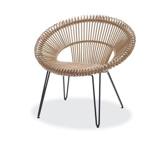 Curly | Designer: Vincent Sheppard | Materiaal: gebonden riet met kraftpapier, gegalvaniseerd staal | Afmetingen: 80 x 72 x 73 cm | Prijs: €341,- | Door het gegalvaniseerde staal krijgt de stoel een moderne look en gevoel, en met de combinatie met het gevlochten riet krijgt het toch een natuurlijk uiterlijk.    | http://malouetdesign.fr/salle-salon-vincent-sheppard-curly-dining-chair