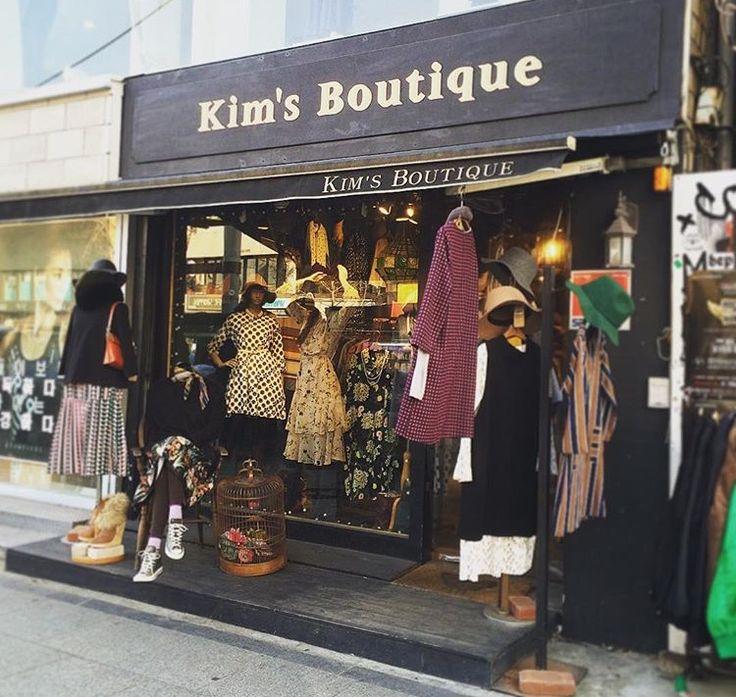 今日私が紹介するのは、 あのキャメロン・ディアスやパリスヒルトンなど 海外セレブにも愛される韓国ファッションブランド!! ✔️Kim's Boutique 実は実は 「キムズブティック」と呼ばれるこのお店の ワンピースがInstagramやお洒落な女性達の間で 可愛いと話題なんです!