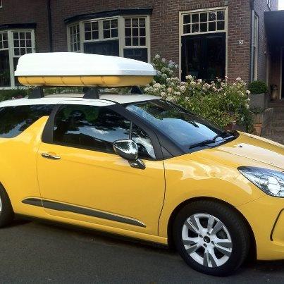 """Citroën DS3. """"Veel bekijks en vragen met deze bijpassend dakkoffer."""""""