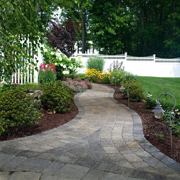 Walkways And Paths: 1000+ Ideas About Paver Stones On Pinterest