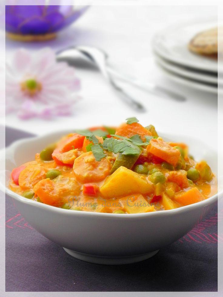 Proverbe indien : Tout désirer : chagrin; tout accepter : joie. Voici un plat indien végétarien délicieux, et très simple à préparer. Différents légumes sont mélangés à une sauce rendue bien crémeu...