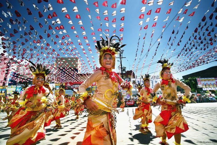 Meet Davao: Kadayawan Festival. Image from mindanao.com. Feel the spirit of the celebration! meetmanila.com