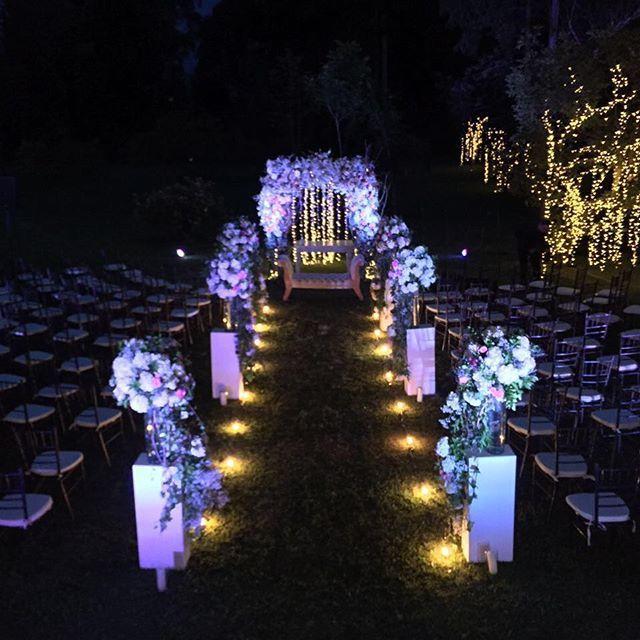 @licacreativa decorando con estilo nuestros espacios de #zonaellanogrande ¡gracias! Llámanos al 3106158616/ 3206750352 y reserva desde ya. #CasaBali #boda #BodasAlAireLibre #BodasCampestres #Eventos #weddingplannner #weddingplanning #weddingtips #boda #wedding #timetoparty #celebration #weddingreception #weddingparty #destinationwedding #bodascolombia #bodasmedellin #tuboda #yourstyle