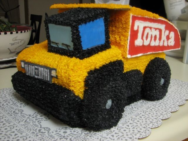 tonka truck birthday cakes | tonka jpg this is our first attempt at a tonka truck cake my customers ...