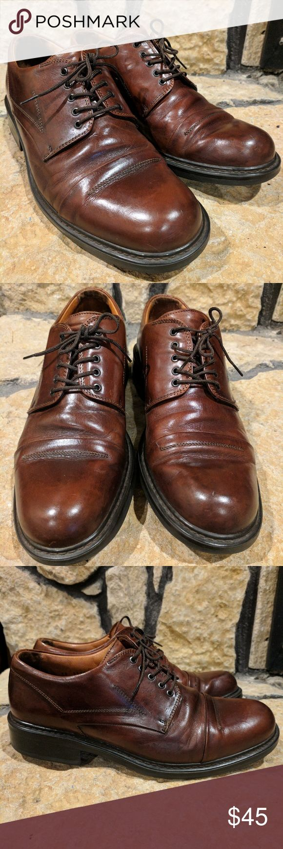 EUC Johnston & Murphy Passport Lace ups These Passports are in EUC! Cap toe. Rich calfskin with subtle stitching detail. Handcrafted in Italy Leather lining. Rubber sole and heel. Small stitching flaw on the back of one shoe, see photos. Bottoms are hardly worn! Don't miss out! Johnston & Murphy Shoes Oxfords & Derbys