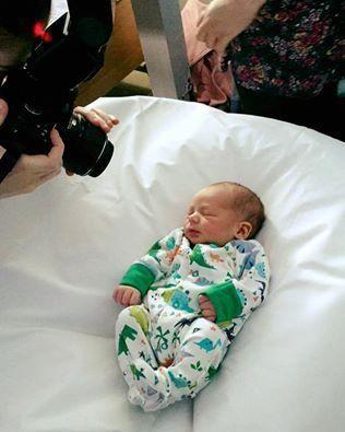 Ein Baby zu kriegen ist toll - aber die Realität hat wenig mit der kuscheligen Mama-Kind-Romantik zu tun, die du vielleicht erwartest.