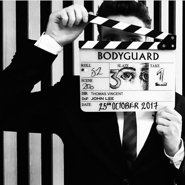 Action Richard Madden in Bodyguard | Richard madden ...