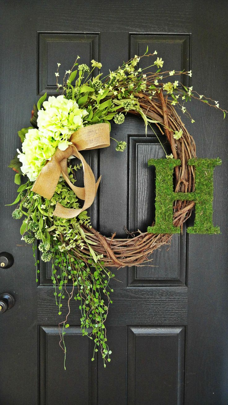 This would look lovely on our front door.