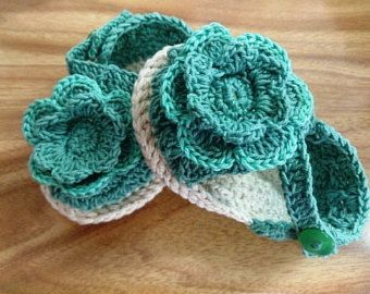Crochet baby shoes baby espadrilles crochet by LoveTakesCare