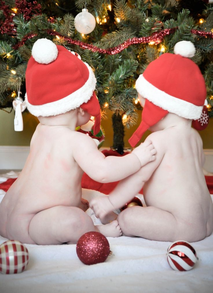 Twin baby Photography Ideas | Twin Babies :) Merry Christmas! | Photography Pose Ideas