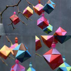 Hamburger Liebe: Tutorial Tuesday: heute mal am Mittwoch... Papierwürfel falten und das Novembergrau vertreiben  Christmas ornaments paper made
