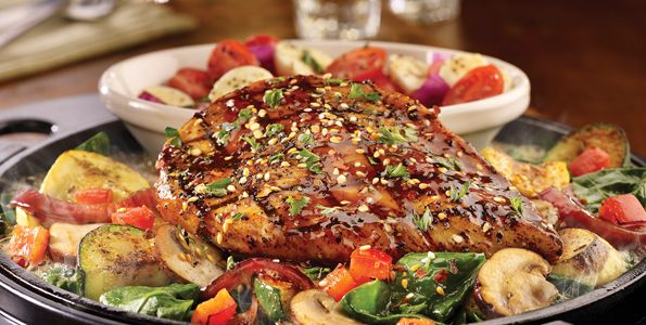 Healthy Menu Picks at TGIFriday's : Healthy eats from the fun restaurant chain.  #SelfMagazine