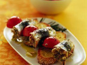 spiedini-di-sardine-farcite-e-pomodorini