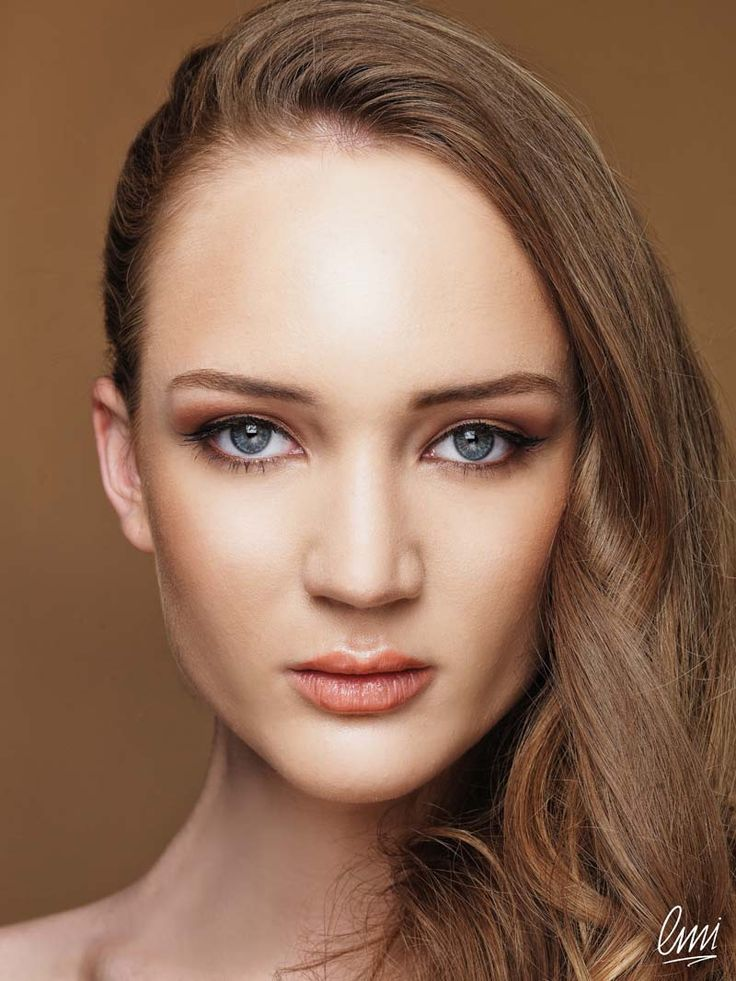Beautiful makeup for blue eyes!Work from LMI students
