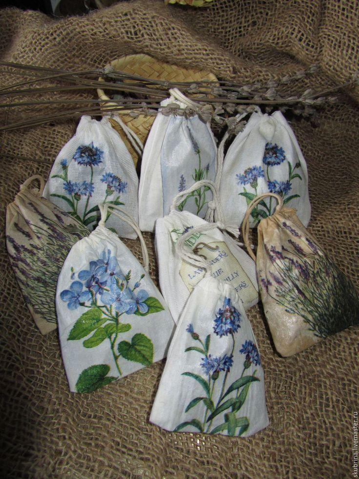 """Купить Мешочки-саше """"Синие цветы"""" с лавандой декупаж на ткани - голубой, ароматическое саше"""