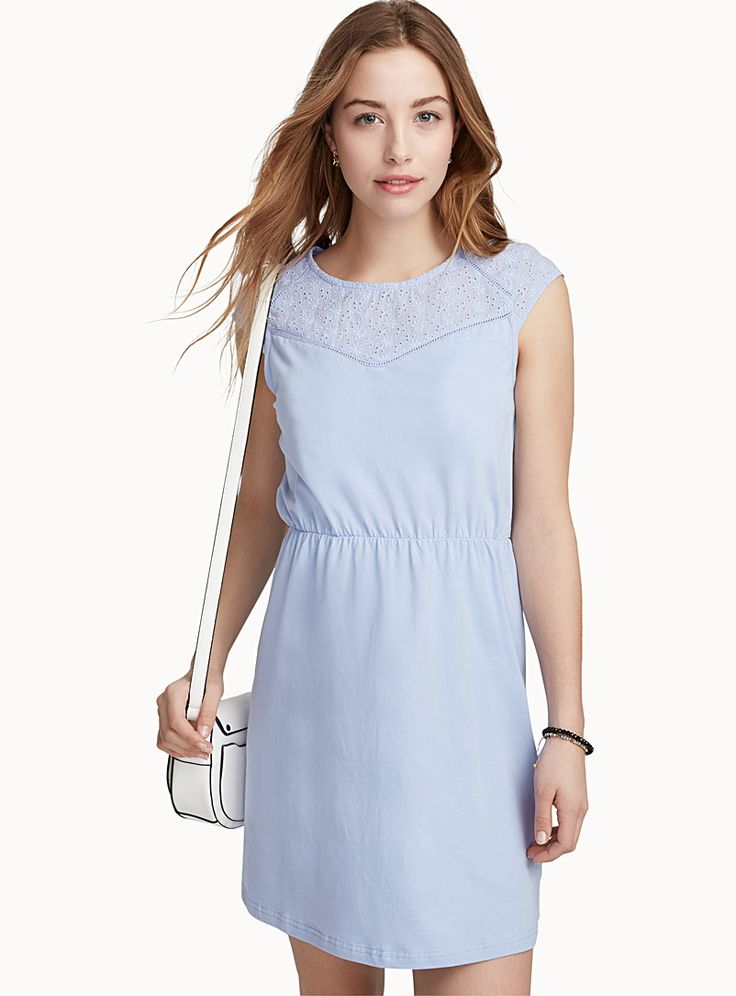 Exclusively from Twik - An undeniably feminine dress with a delicate floral neckline - Soft, stretch organic cotton jersey, to be eco-friendly and trendy - Fit and flare style The model is wearing size small Length: 82cm, from the top of the shoulder