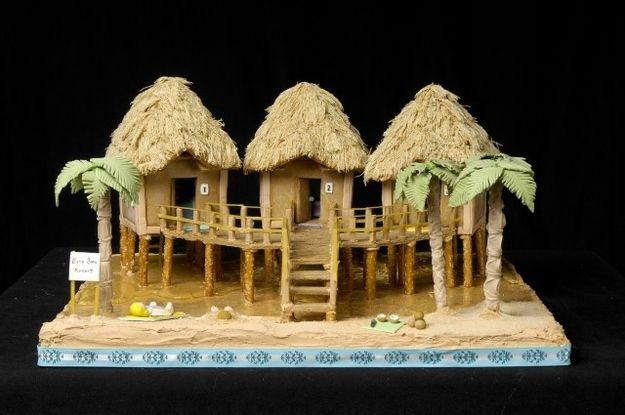 This Tropical Gingerbread Tiki House | Community Post: 25 Amazing Gingerbread Houses
