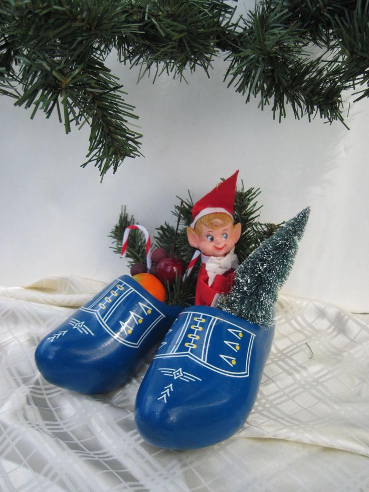 Pair of Child's Wooden Shoes, Decorated Wooden Shoes with Elf Knee Hugger by DefiniteMaybe on Etsy https://www.etsy.com/listing/488438855/pair-of-childs-wooden-shoes-decorated
