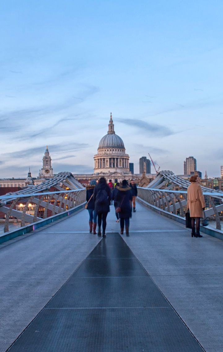 St Paul's Cathedral and the Millennium Bridge – walking the South Bank in London at dusk