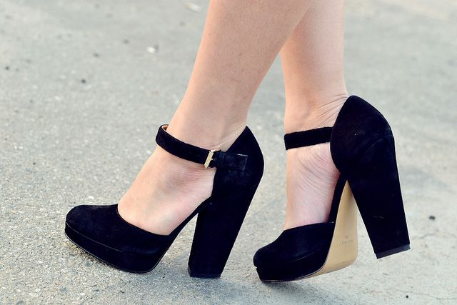 nine west aroundtown shoe