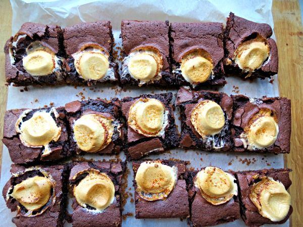 The Cake Hunter: S'mores Brownies - UK Baking Blog