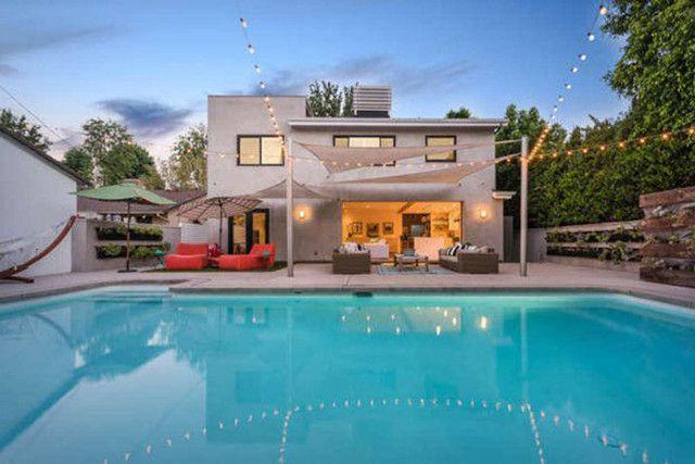 Cool Castle - Lena Headey's $1.94 Million Home Is So Colorful - Photos
