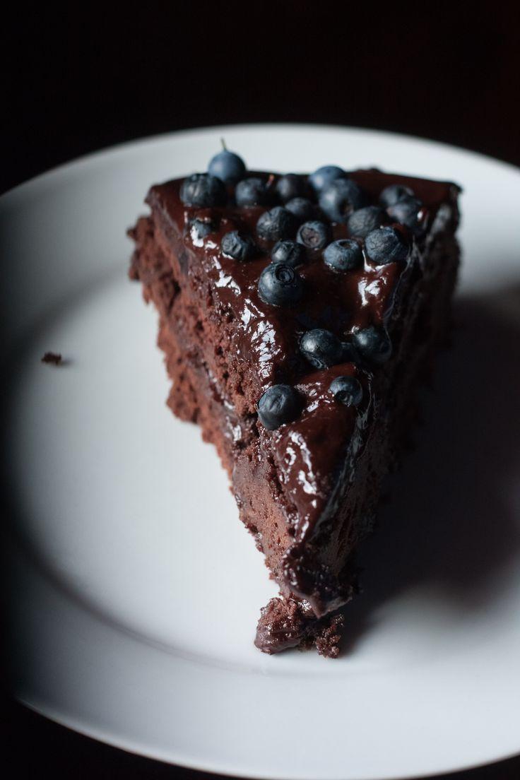 Gateau au chocolat et myrtilles, vegan, sans gluten et sans lactose