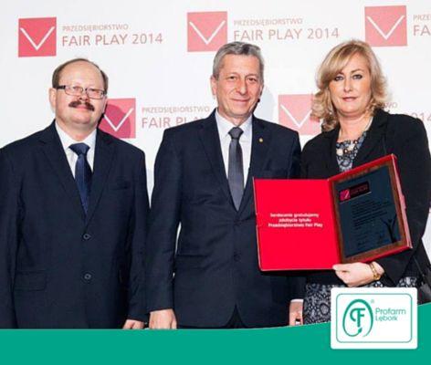 """Niedawno otrzymaliśmy diamentową statuetkę w plebiscycie """"Przedsiębiorstwo Fair Play 2014""""! Dziękujemy za uznanie!"""