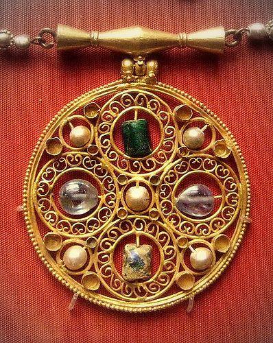 British Museum - jewellery | Flickr - Photo Sharing!