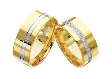 Yeni yıla son 6 gün kaldı! Sürpriz evlilik teklifleri için en güzel yüzükler vitrigo 'da!  Dilay Mücevherat yeni yıla özel koleksiyonu için: www.vitrigo.com