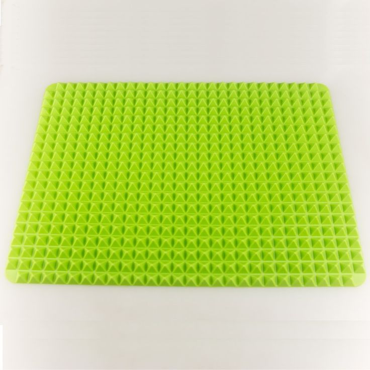 Hippih Non Stick Heat Resistant Raised Pyramid Shaped Healthy Cooking Silicone Baking Mat, Roasting Mats (Green) *** Insider's special review that you can't miss. Read more :  : Baking Accessories