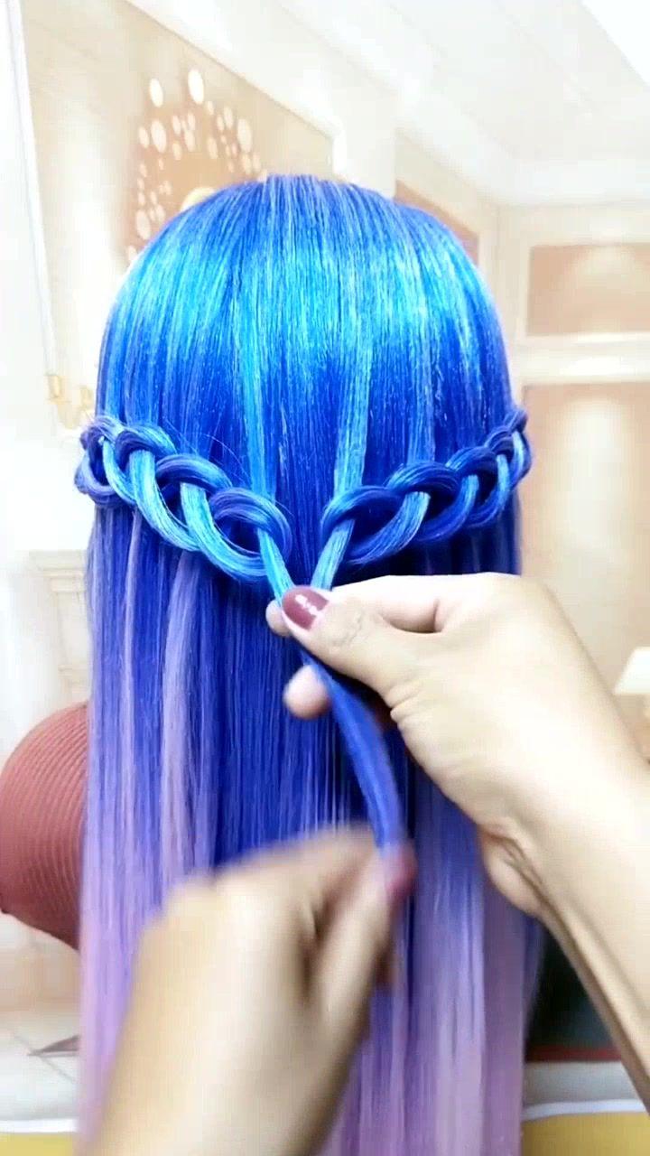 Pin By Ziva Kocelj On Hair Stile Hair Tutorial Hair Styles Hair Stiles