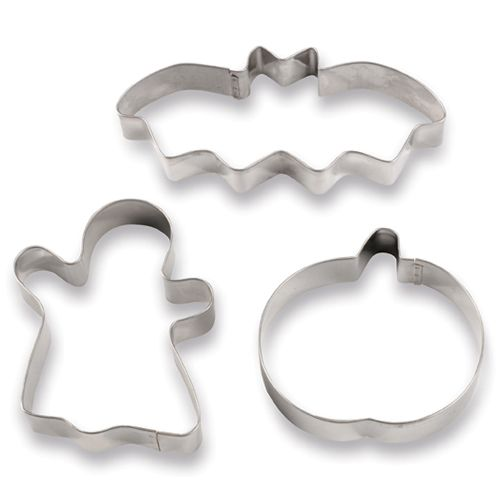 Halloween Cookie Cutters - The Pampered Chef®  Just in time for all of your Halloween Parties!!!  www.pamperedchef.biz/susanluttrell