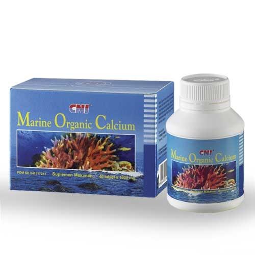 MARINE ORGANIC CALCIUM (MOC): 1. Meningkatkan densitas tulang dan mencegah osteoporosis. 2. Membantu proses pembekuan darah dan pemeliharaan membran sel. 3. Membantu mengatasi osteoarthritis. 4. Membantu metabolisme tubuh.
