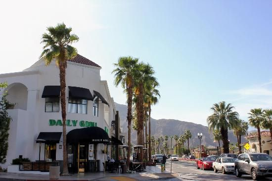 El Paseo Shopping District: The Daily Grill - Palm Desert, Ca.