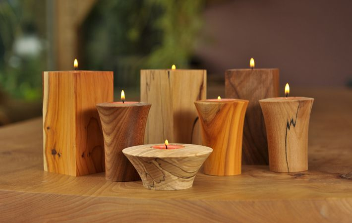 Assorted hand turned wooden tea lights