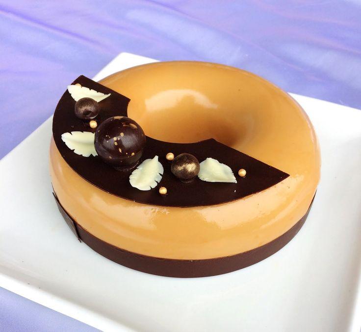 Entremet cioccolato, mandorla e mandarino