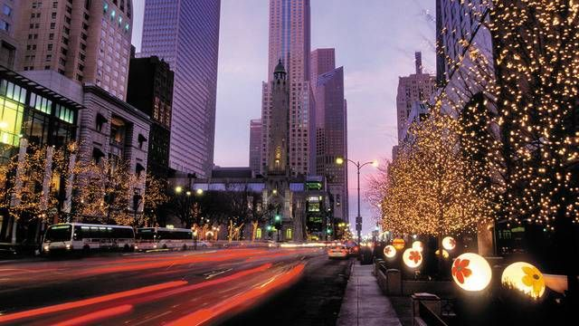 Celebrate the holiday season at Premier urban #Fourseasons #hotels