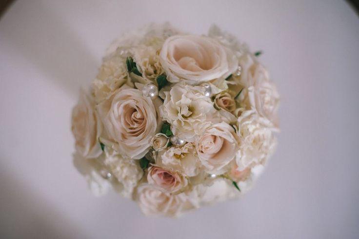 blanco con perlas, vintage bouquet
