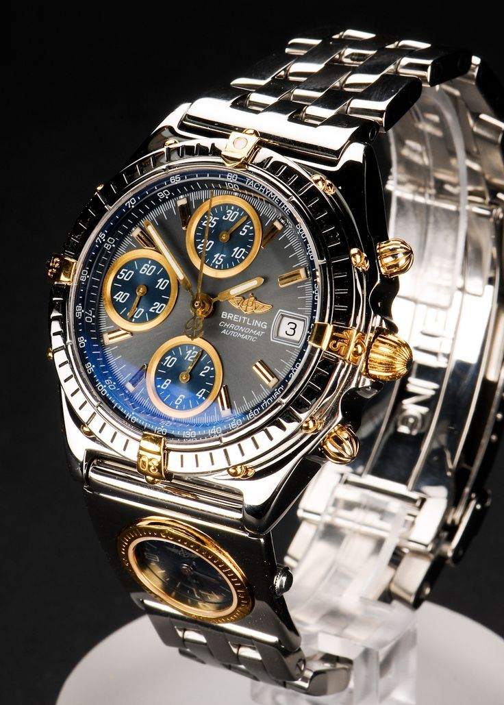 Breitling Chronomat automatic. 1998. http://www.thesterlingsilver.com/product/michael-kors-mens-quartz-watch-with-gold-dial-analogue-display-and-gold-stainless-steel-strap-mk8077/