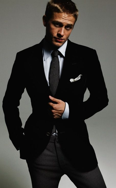 Charlie Hunnam is Christian Grey... Well, he's no Henry Cavill (which is who I pictured while reading the book), but after seeing this photo, I think Charlie can fill the role of Mr. Grey. He cleans up nice. :)