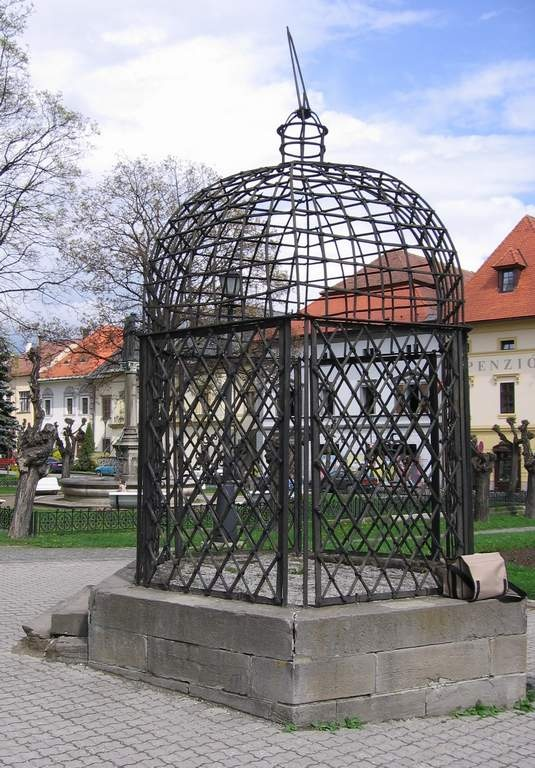 cage of shame, Levoča, Slovakia