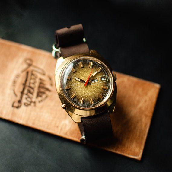25 best ideas about vintage watches for men gold ussr wrist watch chaika soviet vintage watch mens wrist watches watch for