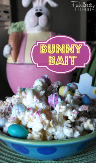 This Bunny Bait Recipe is so stinkin cute and so so easy to make!