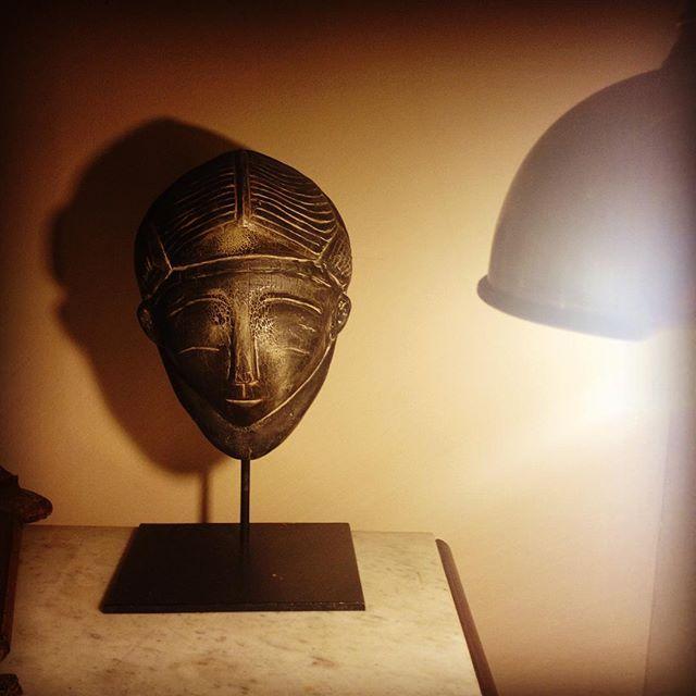 Máscara Africana#atmospheare